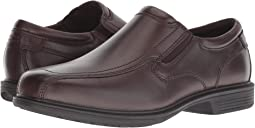 5ba28cfa2da0 Bleeker Street Bicycle Toe Slip-On with KORE Slip Resistant Walking Comfort  Technology