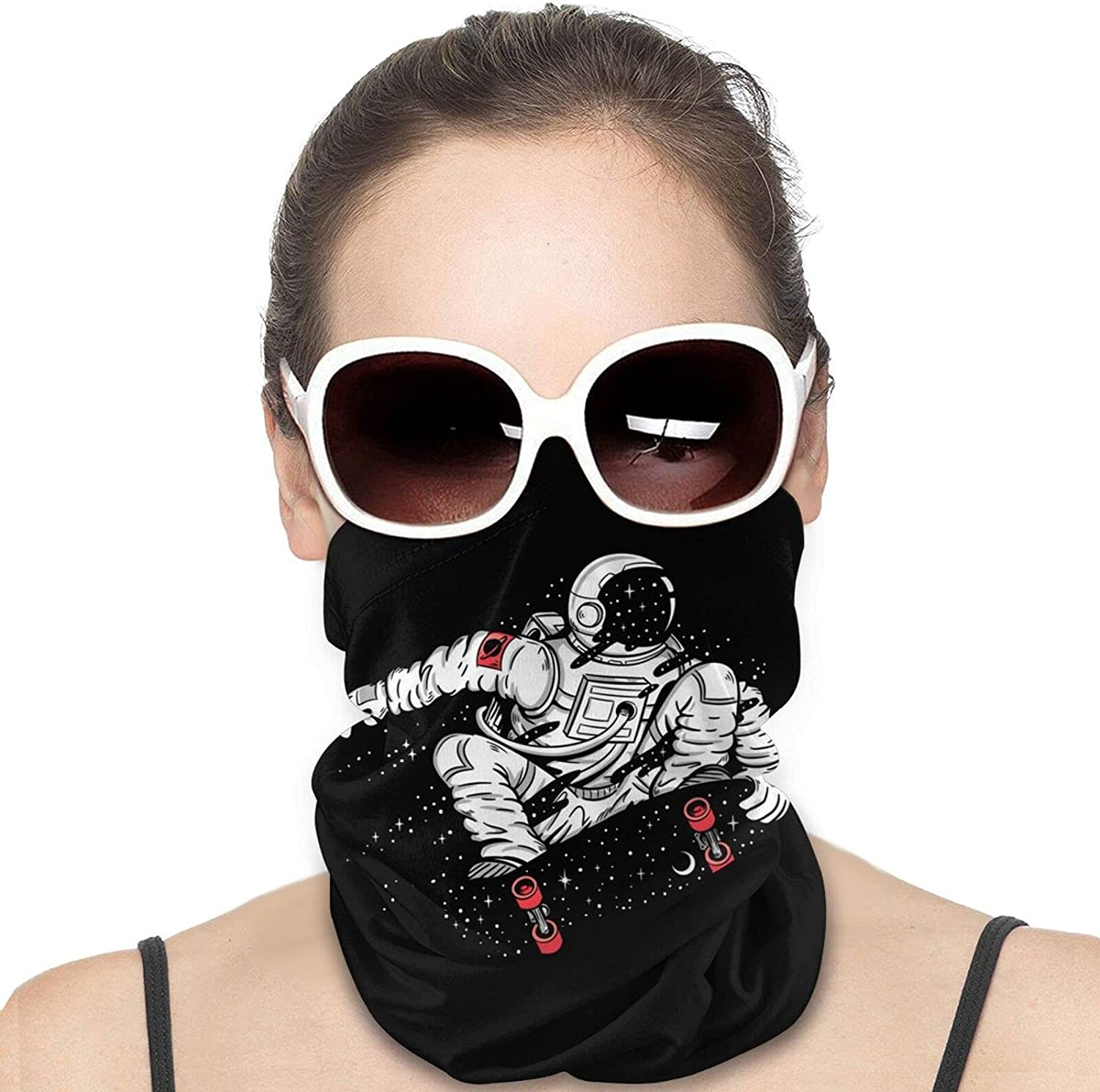 Skating Astronaut Round Neck Gaiter Bandnas Face Cover Uv Protection Prevent bask in Ice Scarf Headbands Perfect for Motorcycle Cycling Running Festival Raves Outdoors
