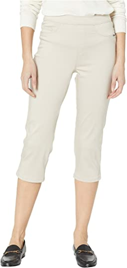 D-Lux Denim Pull-On Capris in Almond