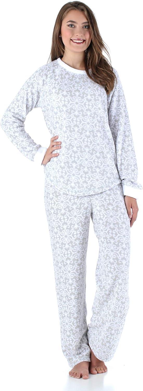 PajamaMania Women's Sleepwear Fleece Long Sleeve Pajamas PJ Set