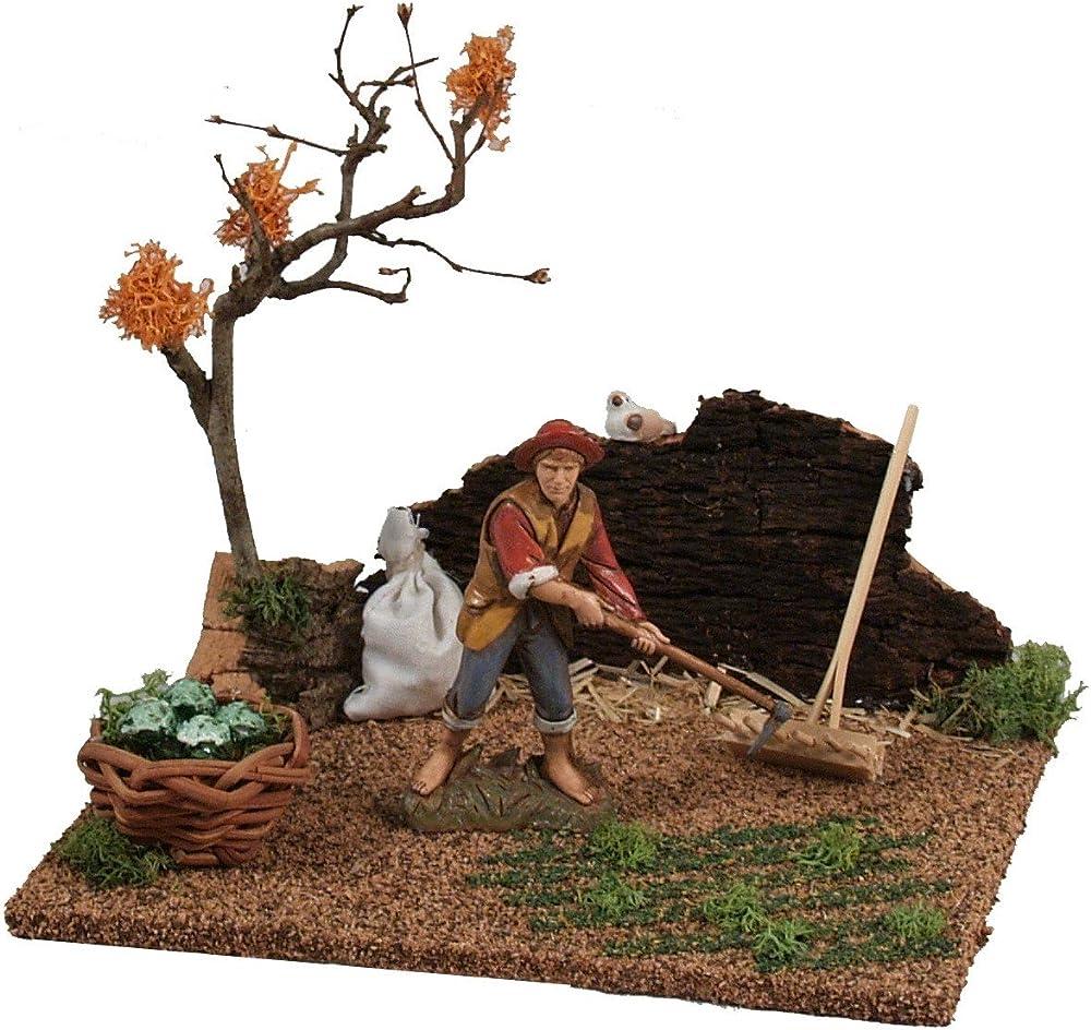Ferrari & arrighetti,contadino che zappa nel giardino,personaggio del presepe Bertoni_50094