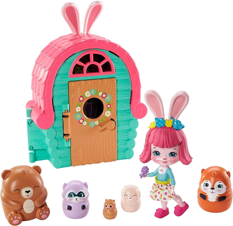 Enchantimals Bree Bunny y Cabaña Muñeca con mascota matrioska sorpresa y cabaña de juguete (Mattel GTM47)