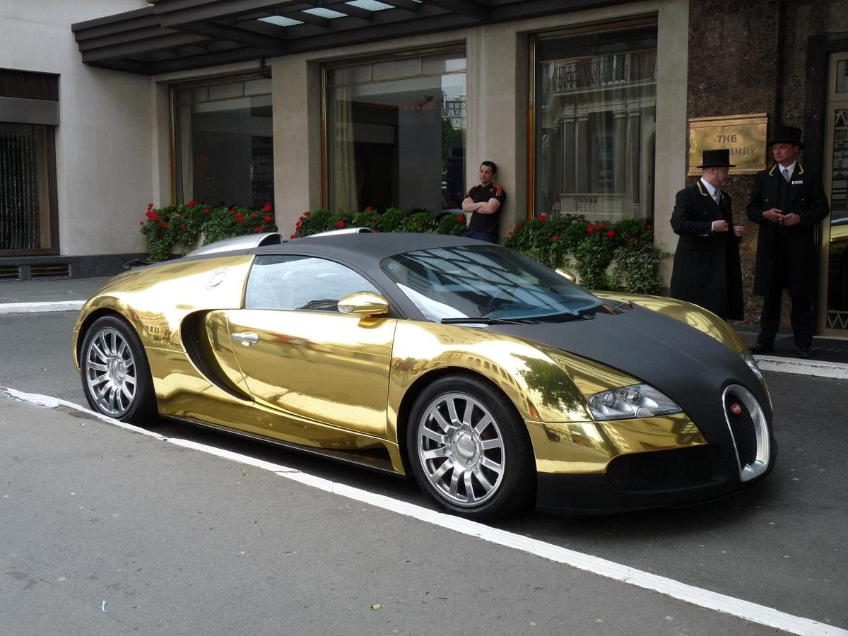 Amazon Com Gifts Delight Laminated 32x24 Poster Sports Car Gold Bugatti Veyron Posters Prints