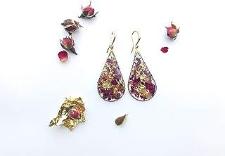 Orecchini pendenti in resina, rose rosse e foglie d'oro
