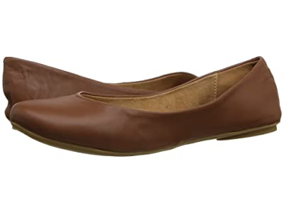 Kenneth Cole Reaction Slip On By (Cognac Leather) Women
