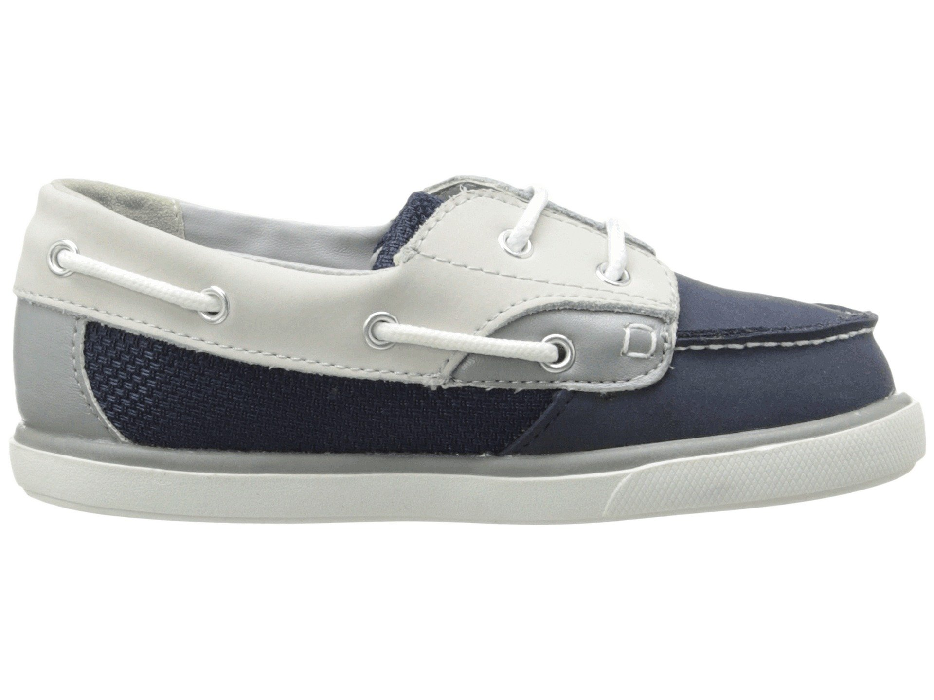 If you need boys' casual shoes for an infant or toddler, you'll discover a range of possibilities at Payless. You can select from Rocker Casuals from Teeny Toes, toddler Balboa sneakers from Smartfit, or Caleb slip-ons from Smartfit.