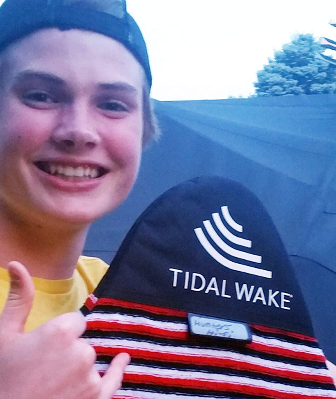 Personalisieren Sie mit Ihrem Namen Tidal Wake TAG-IT Snub Nose Surf /& Wake Board Sockentasche mit integriertem Namensschild 147,3 cm Tag Your Bag