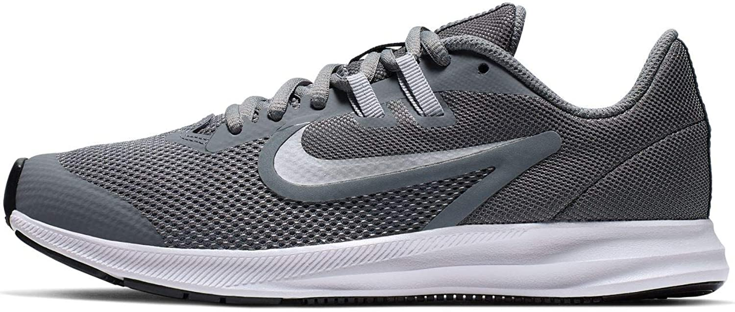 Nike Unisex Adults Downshifter 9 (gs) Track & Field shoes, Multicolour (Cool Metallic Silver Wolf Grey 000), 6 UK