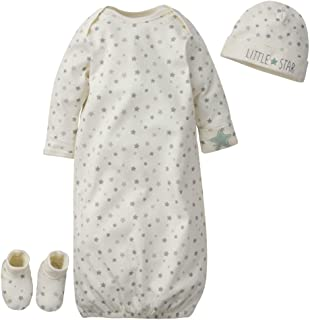 Gerber Baby Boys' Organic 3-Piece Gift Set Gown with Cap and Booties