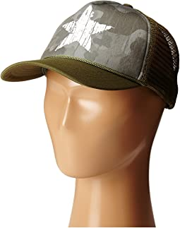 CTK4139 Camo Trucker with Adjustable Back (Little Kids/Big Kids)