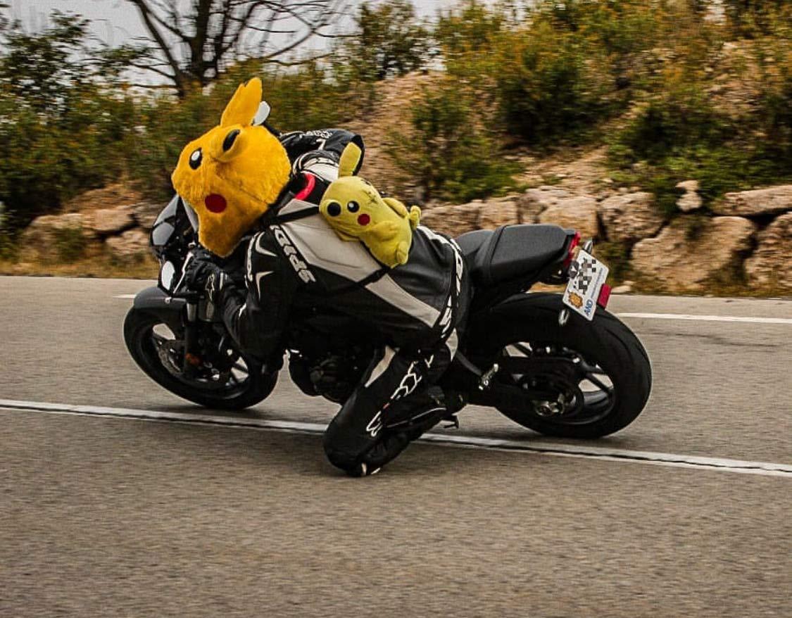 Amazon.es: Cubre Casco de Pikachu, Funda para Casco de Moto