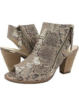 Cayanne leather peep toe sandal paul