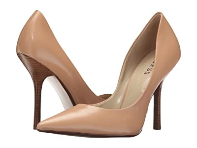 GUESS Carrie (MediumNatural Leather) High Heels