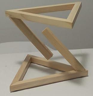 Estructura triangular decorativa. (TENSEGRITY)
