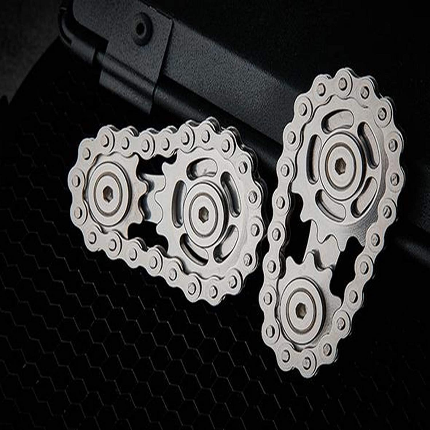 UpdateClassic Fingertip Gyro Sprocket Anti-Stress Fidget Fingertips Spinning Top Gearwheel Gyro Toys Chain Toothed Flywheel Finger Tip Decompression Toys Anxiety Relief Sprockets Toy for Kids