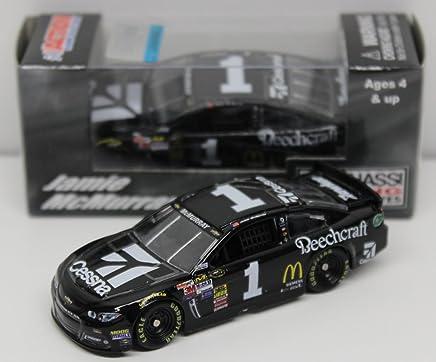 NASCAR 2015  DENNY HAMLIN #11 SPORT CLIPS HAIRCUTS 1//64 DIECAST CAR