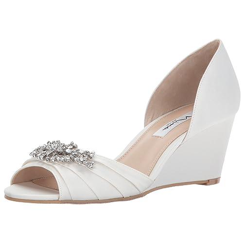 ca122cbea91 NINA Wedding Shoes  Amazon.com