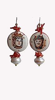 Orecchini Pendenti con Mattonelle in Ceramica di Caltagirone Dipinta a Mano e Perle Scaramazze
