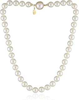 Womens 10mm Pearl Strand Necklace