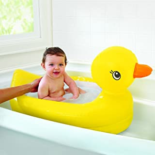Munchkin White Hot Duck Bath Toy with Munchkin White Hot Inflatable Duck Tub