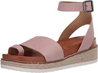 Lucky Brand Women's ITOLVA Sandal, Adobe Rose, 5.5