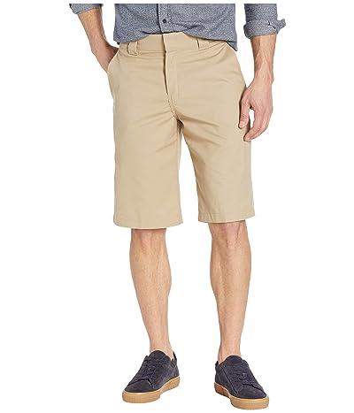Dickies 13 Flat Front Active Waist Shorts Regular Fit (Desert Sand) Men