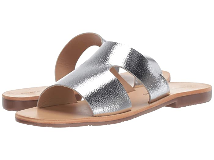 Chinese Laundry  Mannie (Silver) Womens Flat Shoes