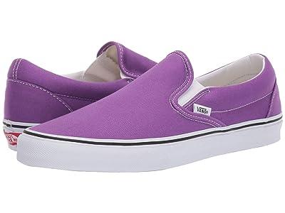 Vans Classic Slip-Ontm (Dewberry/True White) Skate Shoes