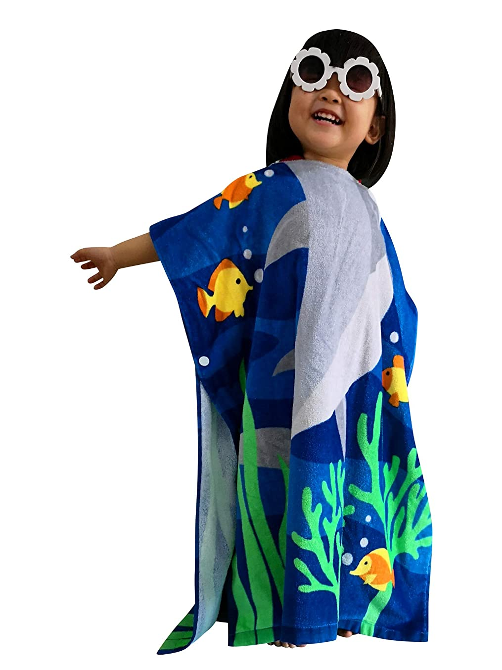 Athaelay Kids Beach Towel Hooded Poncho Cover-up Use for Boys/Girls Pool Swim Bath Beach 100% Cotton Extra Large Size Fit 2-7 Years Old, Shark