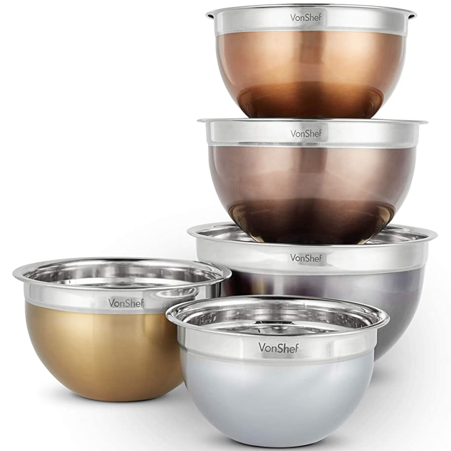 VonShef Nested Mixing Bowl Set With Lids, Non Slip Surface and Measurement Marks, Stainless Steel Mirror Finish Bowls (5 Piece - Metallic)