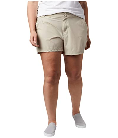 Columbia Plus Size Coral Pointtm III Shorts (Fossil) Women