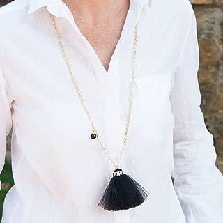 Lange Halskette Frau Schmuck mit Goldkette und Anhänger quaste frasen Tüll Farabe schwarz.