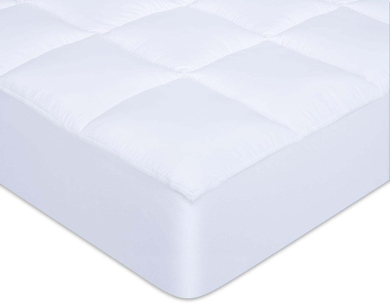 Dreamaway Comfort Fill Mattress Predector,Queen