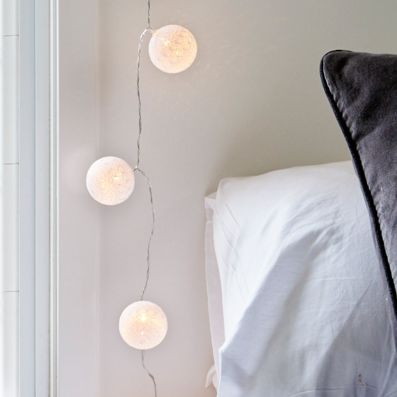 Lights4fun Guirnalda Luminosa de 10 Bolas de algodón Blancas de LED de Pilas: Amazon.es: Hogar