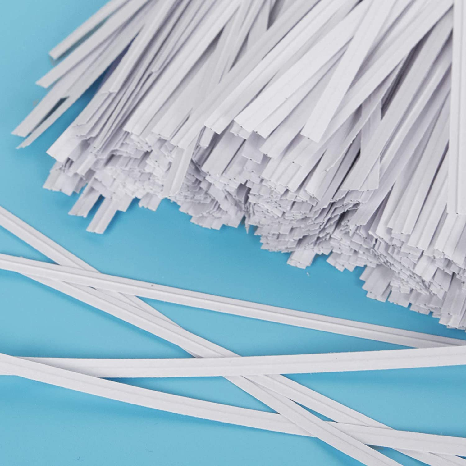 Unves 500 Pcs White Paper Twist Ties Reusable Bread Ties for Bags Candy Coffee Cello Cake Pops 5 Inches