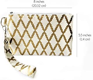 bbd82918b4 Amazon.com  Gold - Handbags   Shoulder Bags   Clothing