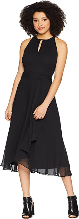 Sleeveless Keyhole Shift Dress