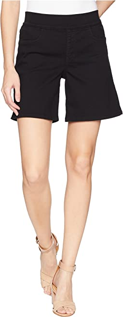 Pull-On Shorts w/ Side Slit in Black