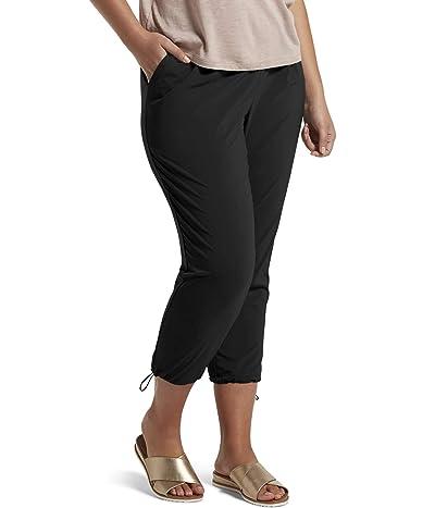 HUE Plus Size Travel Lightweight Adjustable Hem Cropped Pant (Black) Women