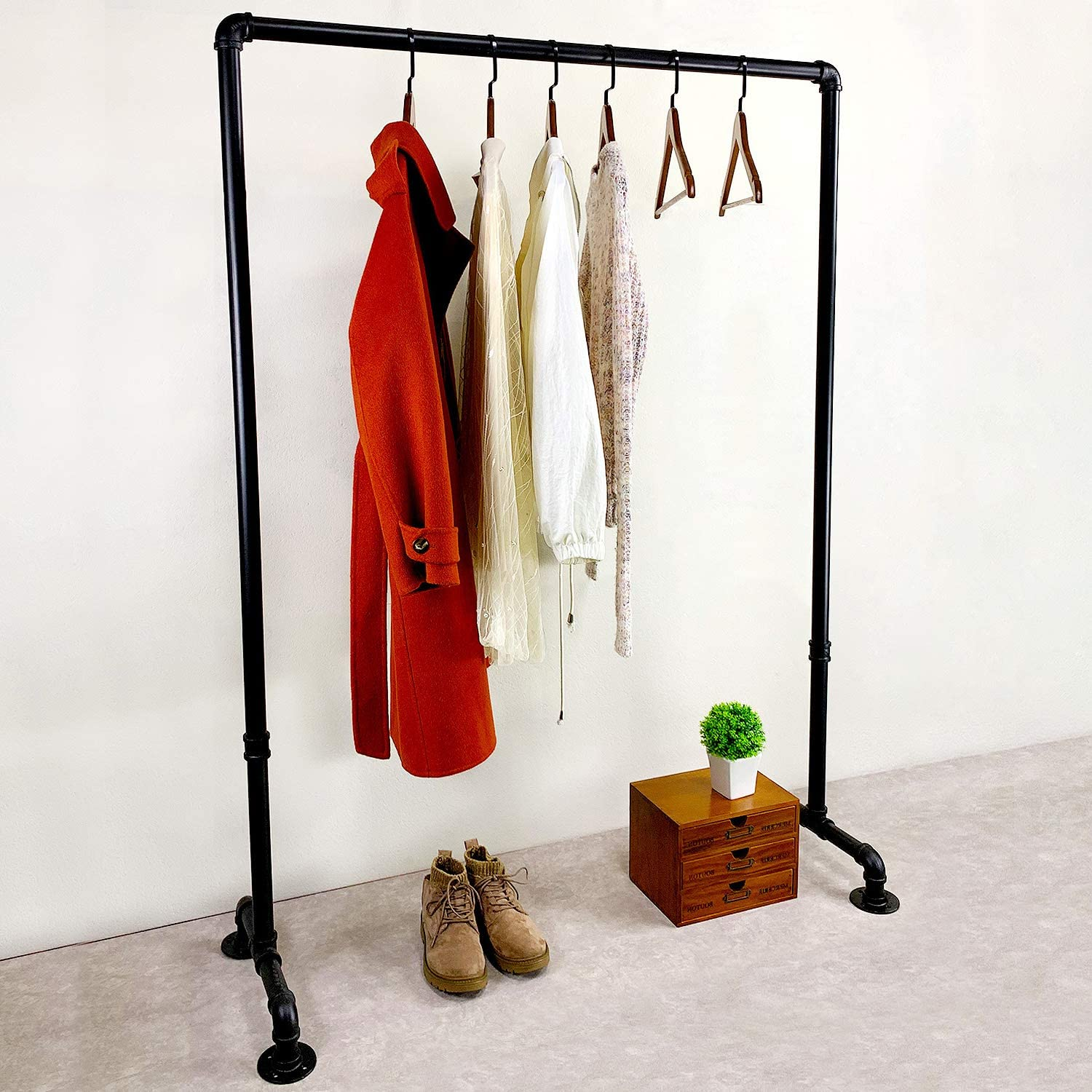 MBQQ Long-awaited Industrial Pipe Clothing Rack 43.3in Overseas parallel import regular item Vintage Commerc Length