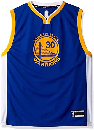 5caf7278f3d81 Amazon.com: steph curry jersey