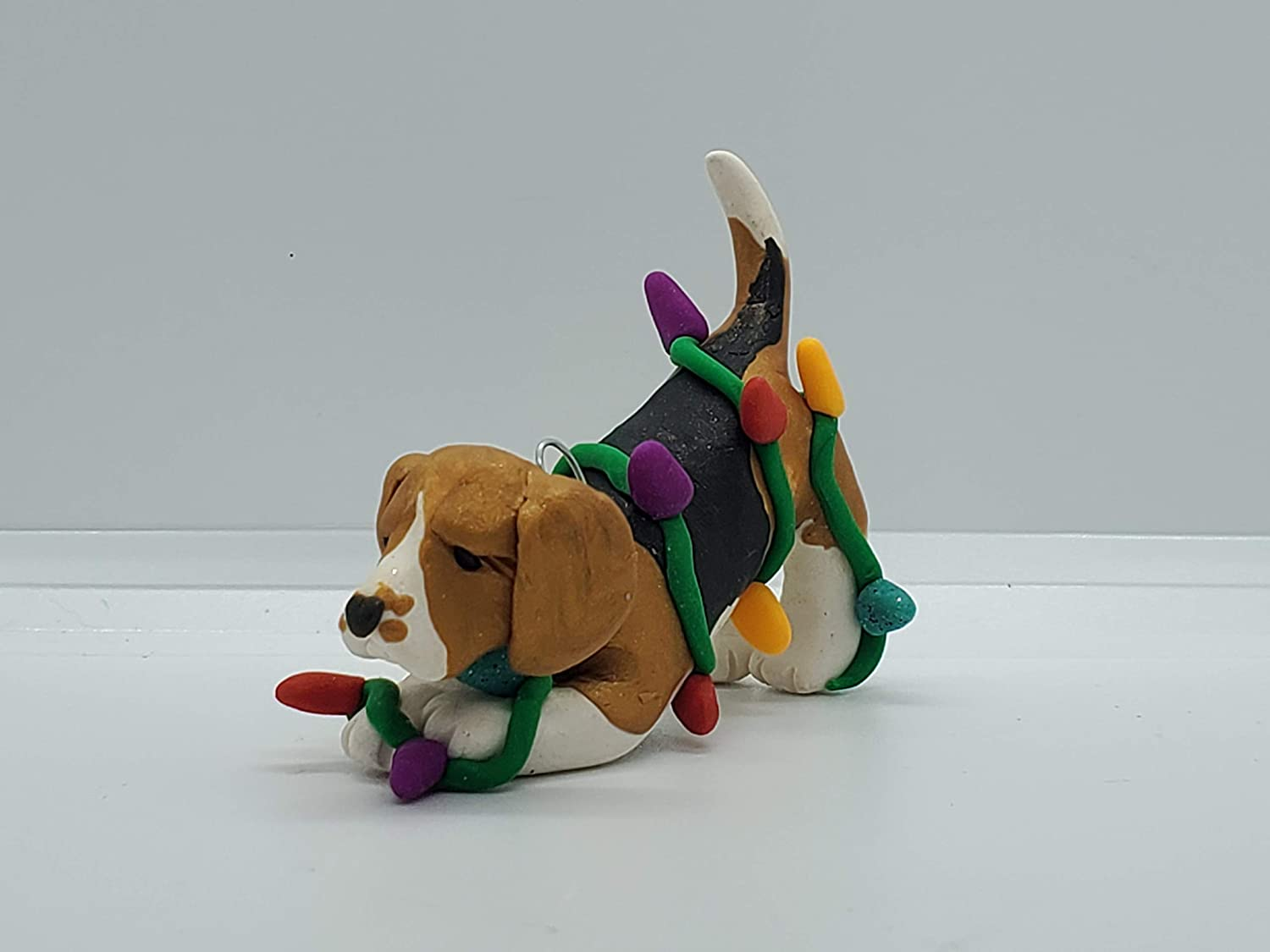 BEAGLE New Shipping Free CHRISTMAS ORNAMENT Tangled in Lights Hand Christmas Made New mail order