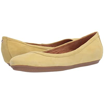 Naturalizer Brittany (Flash Yellow Suede) Women