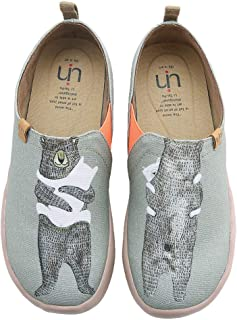 Women's Bear's Hug Cute Cat Travel Canvas Slip-on Shoes