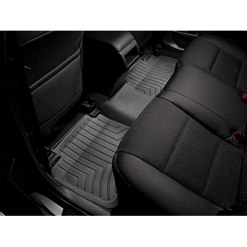 WeatherTech Custom Fit Rear FloorLiner for Nissan Frontier/Suzuki Equator (Black)