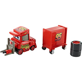 Amazon Com Disney Pixar Cars Piston Cup 2015 Series My Name Is Not Chuck With Cart Die Cast Vehicle 17 18 1 55 Scale Toys Games