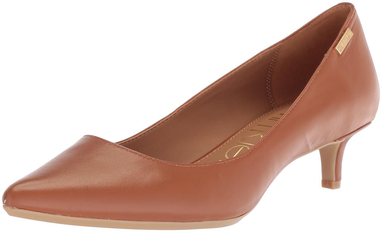 レーニン主義使役バッジ[Calvin Klein] レディース Gabrianna US サイズ: 10 B(M) US カラー: ブラウン