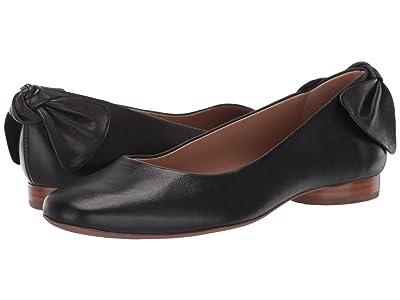 Bernardo Eloise (Black Vegetable Tumbled Calf Leather) Women