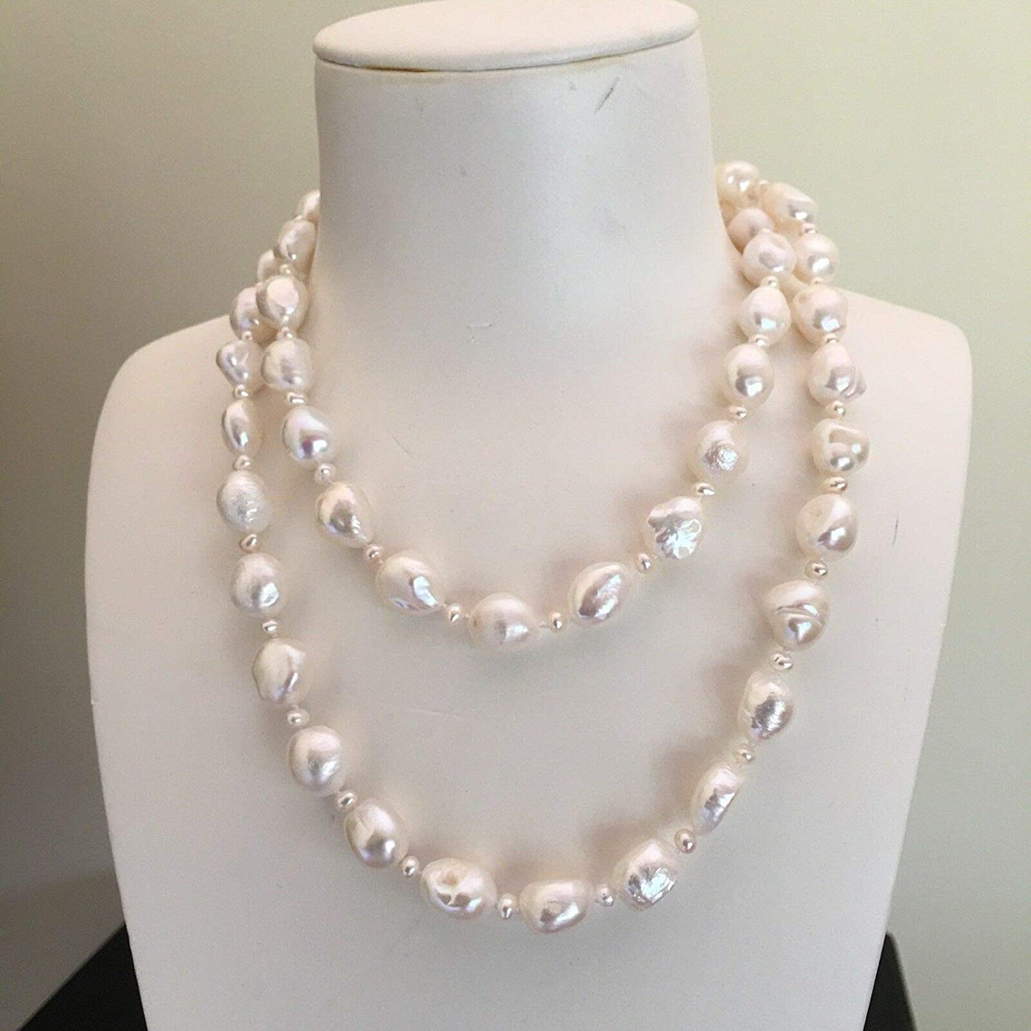 N A Large Baroque Freshwater Pearl 1213mm Natural White 85cm necklace