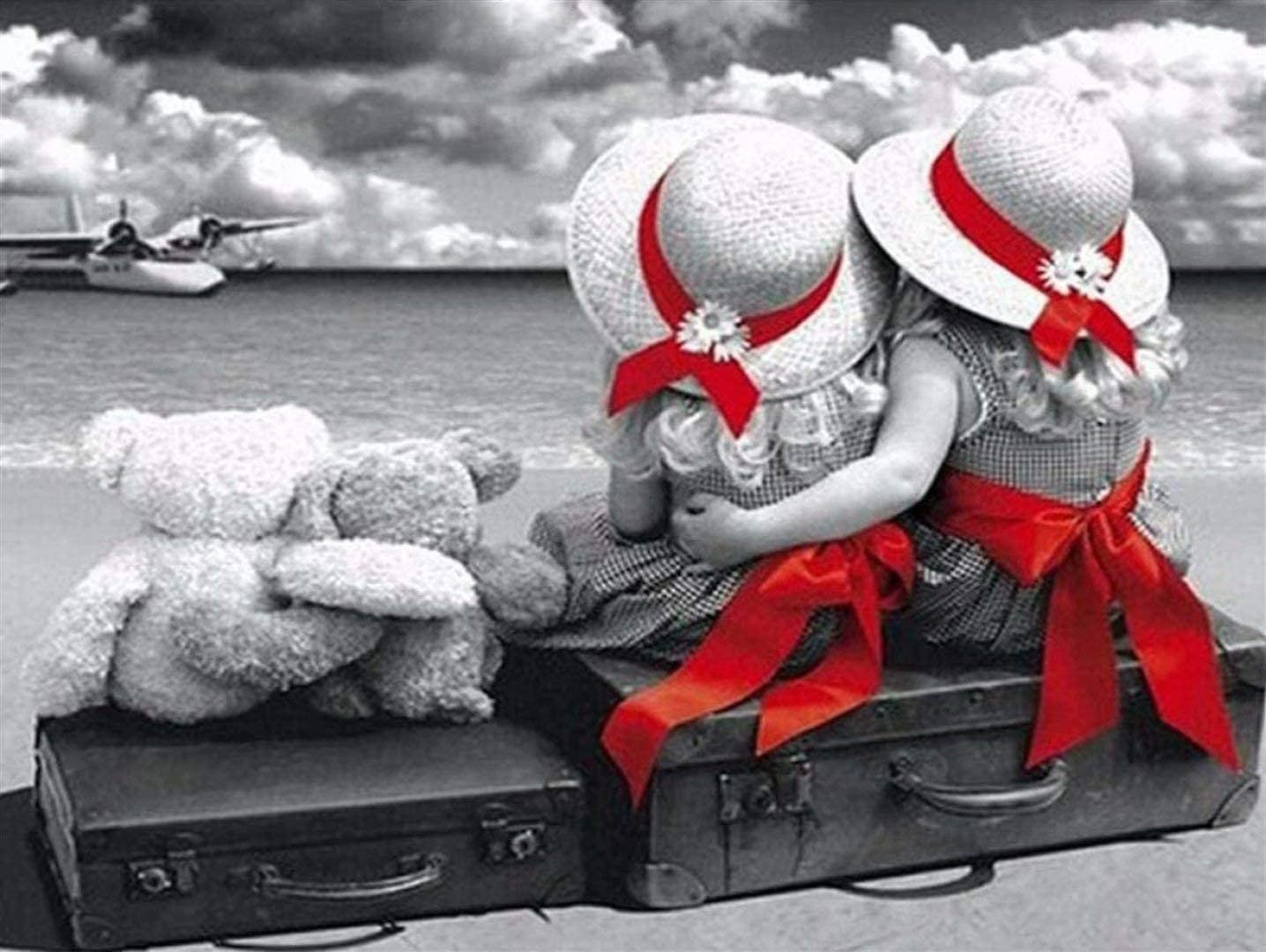 Classic Jigsaw At the price Girl and Bear Watching Pieces The Max 61% OFF sea 5000 Puzzle